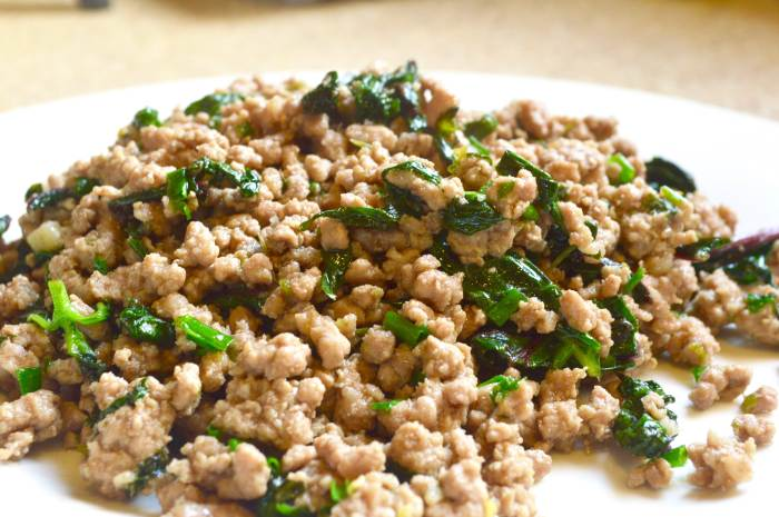 thai minced pork